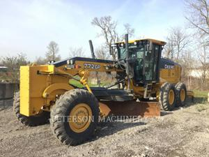 DEERE & CO.  772GP 2015
