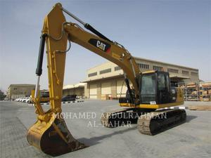 Caterpillar 320D2L, Construction