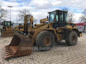 Caterpillar 938G, Construction