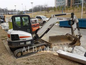 BOBCAT E42, Construction