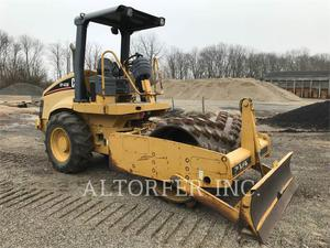 Caterpillar CP433E, Construction