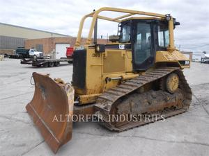 Caterpillar D6M XL, Construction
