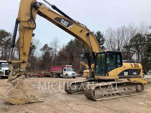 Caterpillar 325DL, Construction