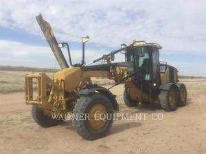 Caterpillar 140M AWD, Construction