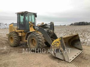 John Deere 544J, Construction